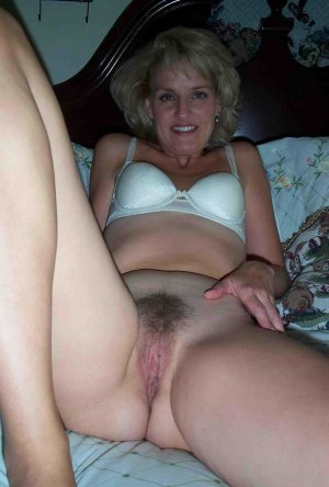 Amaurine milf escorts in Prairie Ridge, WA